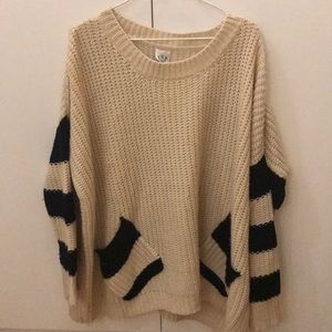 Sweaters - Oversized sweater